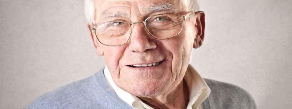 <blockquote><h3>Arthrose in Knien und Hüften</h3>Werner, 85. Seit einem Jahr lebe ich ohne Schmerzen. Sogar joggen kann ich wieder. Schonen war komplett falsch.</blockquote>